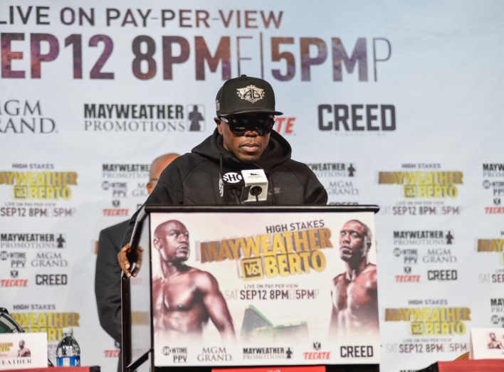 floyd-mayweather-andre-berto-press-conference-idris-erba-1