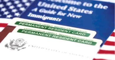 Estafó prometiendo Green Cards