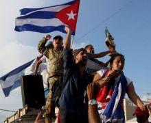 Cubanos piden libertad en protestas contra el gobierno