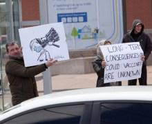 Anti-vacunas protestarán afuera de los hospitales de Ontario