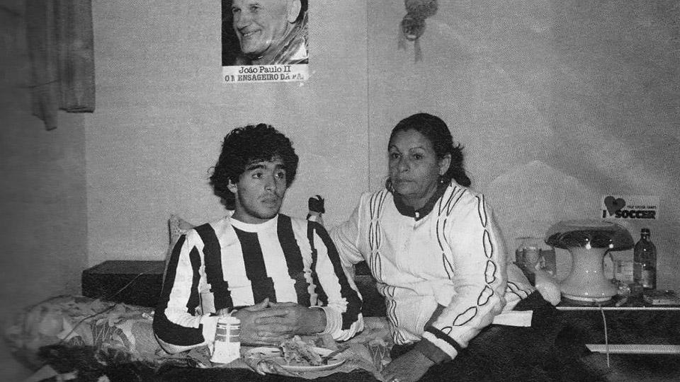 Doña Tota y las franjas corridas