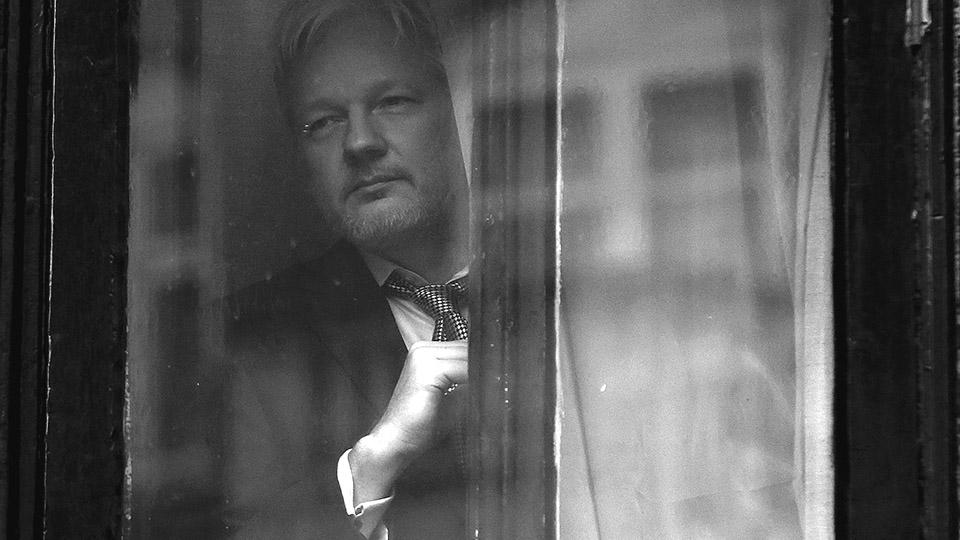 """10 años de WikiLeaks: """"Una gran biblioteca de la rebelión"""""""