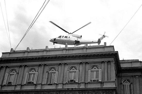 19-2001-diciembre-de-la-rua-helicoptero