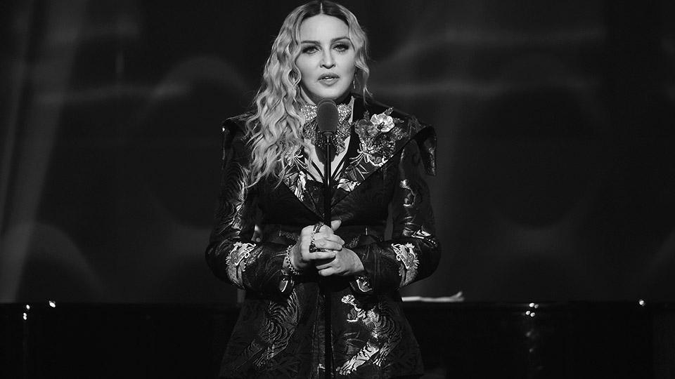 """Madonna: """"Se te permite ser linda y sexy, pero no parezcas inteligente"""""""