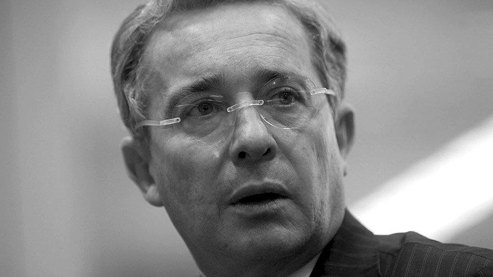 Álvaro Uribe invitó a un golpe de Estado en Venezuela