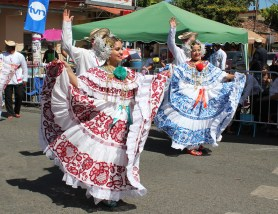 lovely-polleras A Panama Road Trip Panama Panama Fairs and Festivals