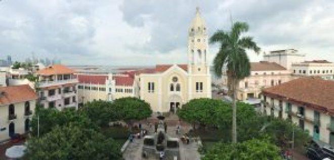 Casco-Viejo-Parque-Bolivar-300x144 Discovering Casco Viejo, Panama Panama Panama City