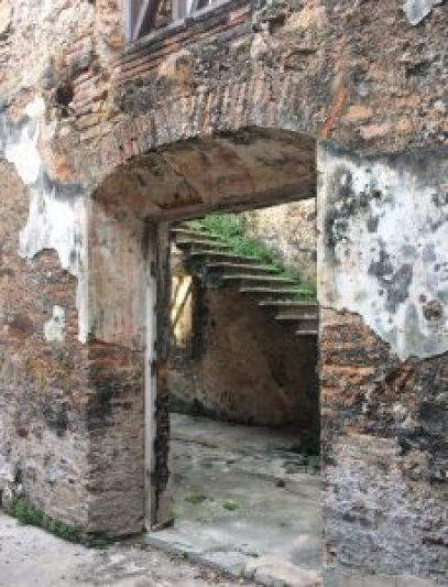 Casco-Viejo-Staircase-229x300 Discovering Casco Viejo, Panama Panama Panama City