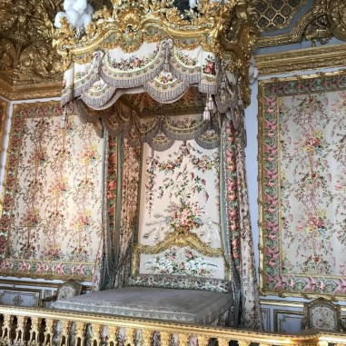 queen-bed Five Things We Love About Versailles Europe France Versailles