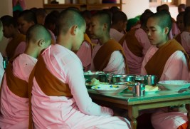 Lunch time, Sagaing nunnery