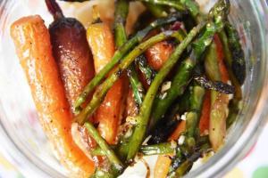 bocal isabelle asperges et carottes caramélisées