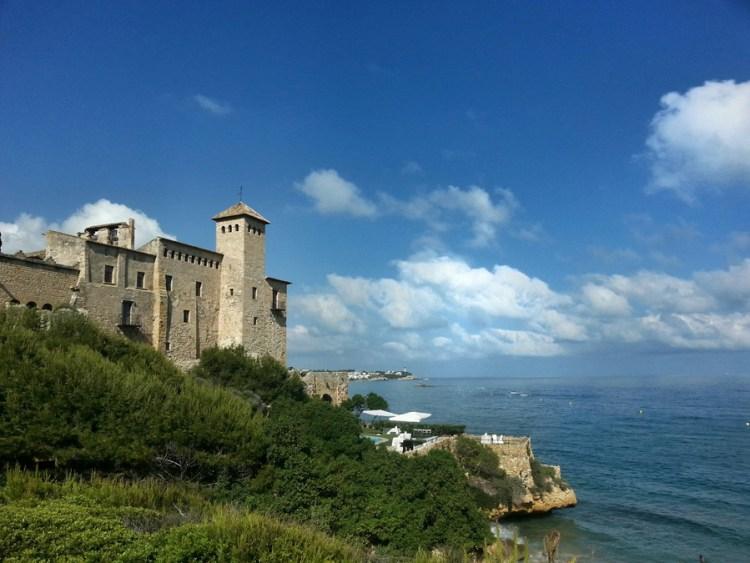 Castillo de Tamrit