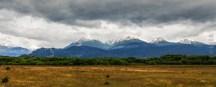 Θέα προς τις Άνδεις, αφήνοντας το Trevelin με πορεία προς τα σύνορα