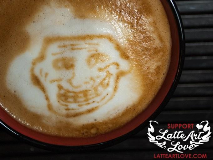 Latte Art - Troll