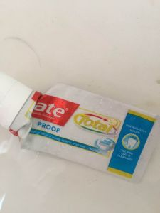 Colgate Total Proof || empties from the bathroom || October 2018