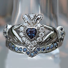 claddagh-ring-eleven-diamonds