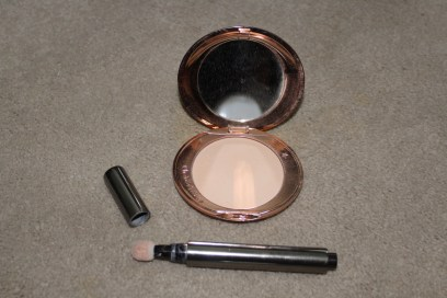 powder and concealer