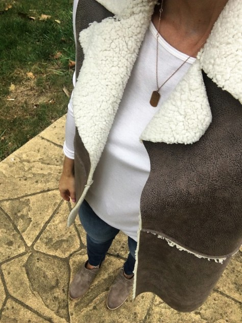 fur vest stella dot necklace