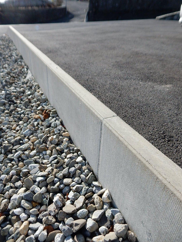 muret mur L béton goudron chaille cailloux