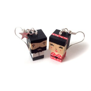 boucles d'oreilles poupées cubes bois madammag