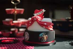 gateau d'anniversaire rétrop pin up happy dayco var