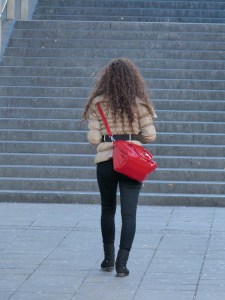 woman-68750_1280