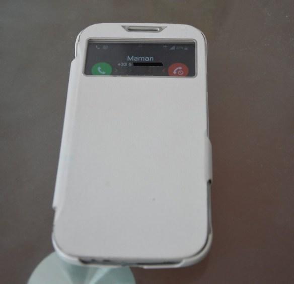 coque-rechargeable-batterie-flipcover-waahooo