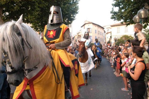 nocturnes-medievales-fetes-lagarde-ete2016-sorties-festivites-evenements