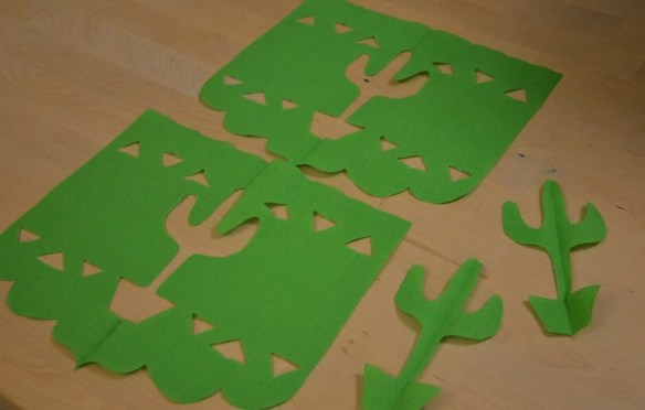 diy-tuto-cactus-guirlande-tropical-papier-crepon-decoration