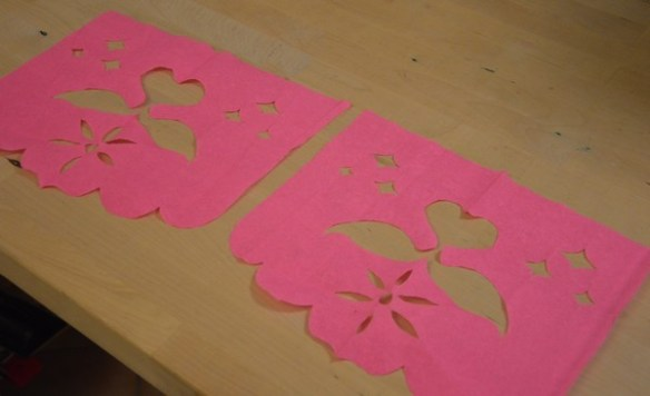 diy-tuto-guirlande-papier-flamant-tropical-decoration-papelpicado