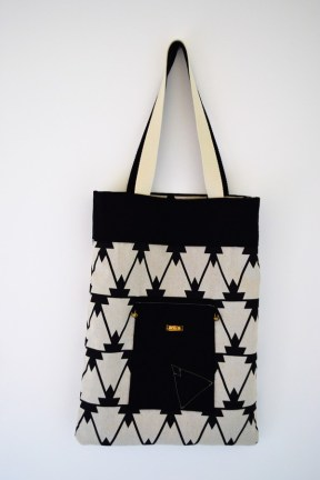 sac-ethnique-reversible-noir-blanc-diazon-creation