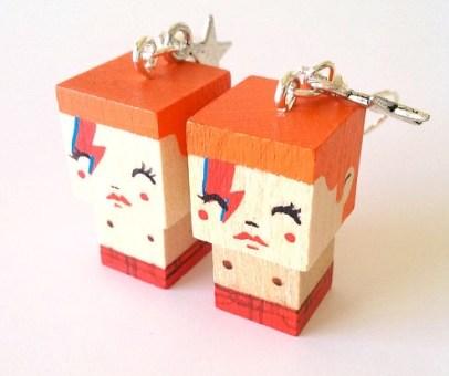 boucles-oreilles-bois-cube-poupees-madammag-creation-etsy