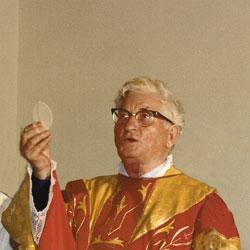 Padre Aniceto nel suo Giubileo Sacerdotale