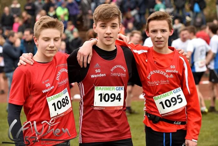 Die U18-Jugendmannschaft der SG Wenden mit (von links) Frederik Jonas Wehner, Daniel Trinkner und Maximilian Clemens.