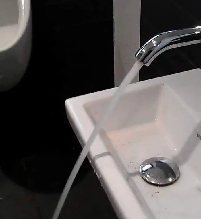 A creative way to install a sink
