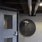 Clever Birds Figure Out How to Use an Automatic Door in a Bike Parking Garage