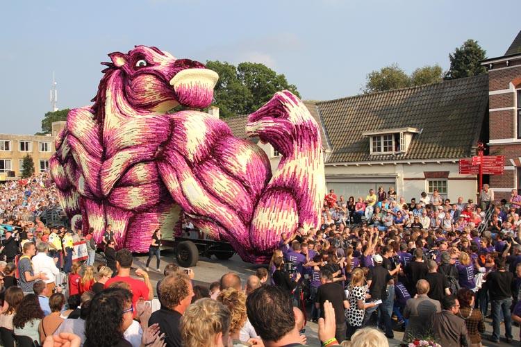2014 Corso Zundert Flower Sculpture Parade