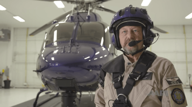 dick-sign-aarp-former-police-turned-air-rescue Former Police Officer Turns into an Energetic Air Rescue Specialist After His Retirement From the Pressure Random