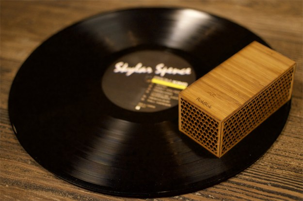rokblok-2 Rokblok, A Small Wireless Record Player That Plays Music When Placed on Top of a Record Random