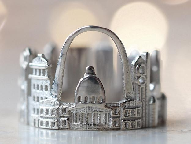 st-louis-cityscape-ring Stunning Cityscape Rings Featuring Significant Geographic Icons From Cities All Over the World Random
