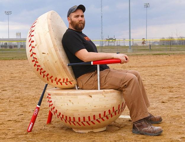 giant-wooden-baseball-chair-using-28-pine-2x4s1 Giant Wooden Baseball Chair Built Using Pine 2x4s Random