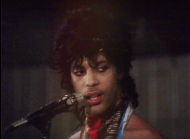 prince-nothing-compares-2-u A Poignant Video of Prince Rehearsing 'Nothing Compares 2 U' at His Minnesota Studio in 1984 Random