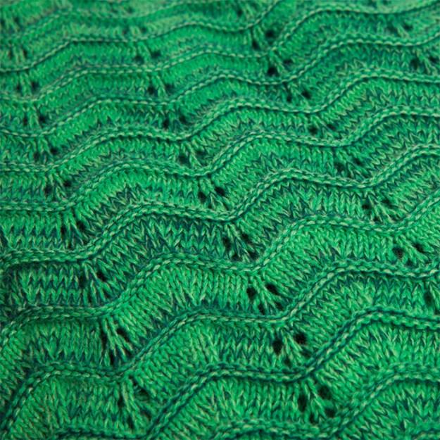 tentacuddle-blanket-2 A Cozy Tentacuddle Blanket for Kraken Lovers Random