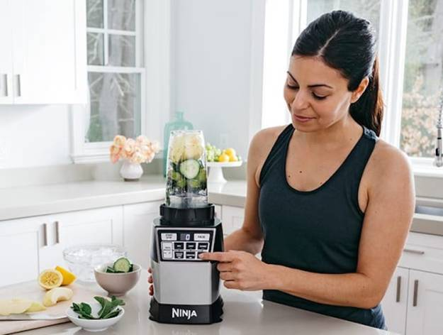 ninjac2ae-4-in-1-kitchen-systeme284a2-blender-processor-spiralizer-high-speed-blending-cup-veggies A Powerful Ninja 4-in-1 Kitchen System That Blends, Chops, Minces, Grinds, Purees and Spiralizes Food Random