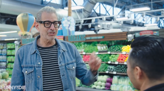 Jeff-Goldblum-Grocery-Cooking-Bryce-Dallas-Howard Jeff Goldblum Breaks Out Into Song While Buying Groceries for a Meal With Bryce Dallas Howard Random