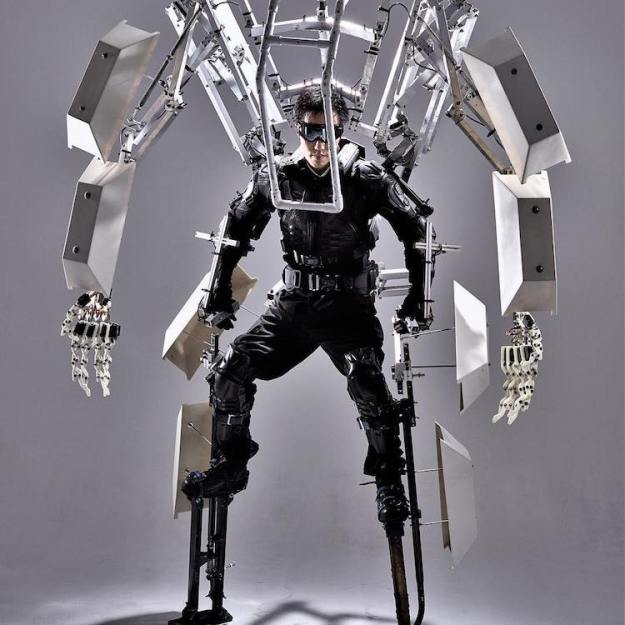 Skeletonics A Giant Kinetic Mechanical Exoskeleton That Can Increase the Size and Capabilities of the Human Body Random