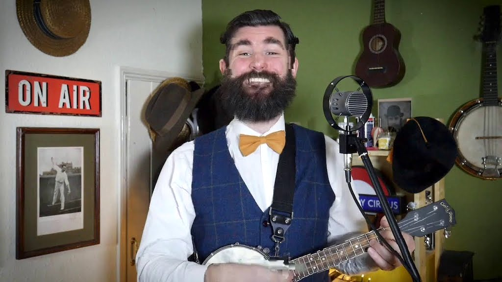 An Old-Timey Banjolele Cover of the Classic They Might Be Giants Song 'Birdhouse In Your Soul'