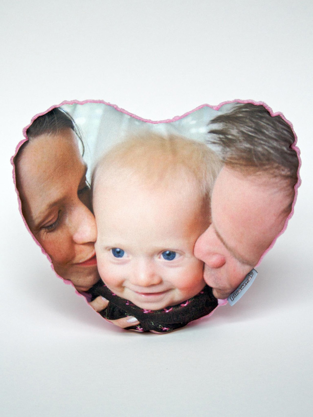 create custom puffy photo pillows