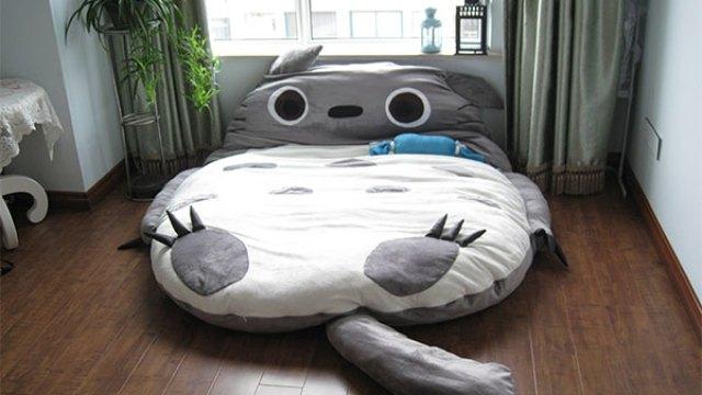 Shark Pillow Sleeping Bag chumbuddy sleeping bag, looks like a shark is eating you alive