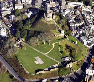 Whats on in Launceston, Cornwall. An image of the town's castle